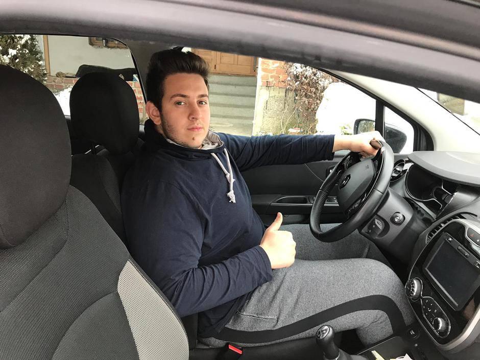 Micek iz Života na vagi ispunio želju: 'Mali vozi kao Hamilton'