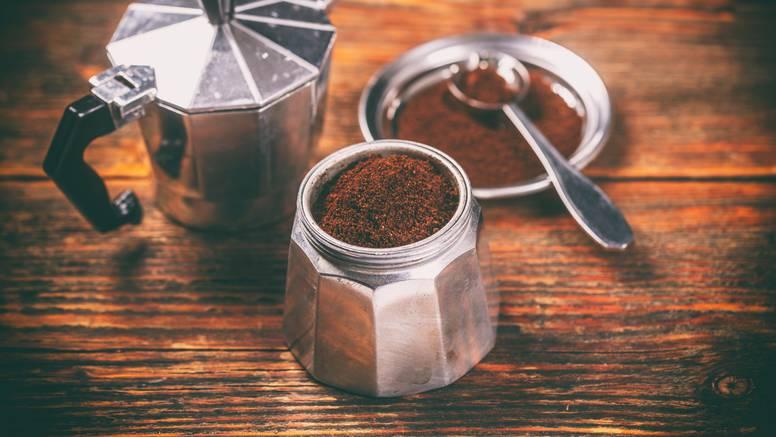 U Krakowu kavom posipaju ulice: Kafići prikupljaju talog