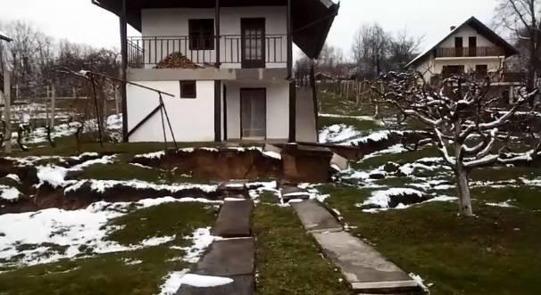 Aktiviralo se klizište iznad Sl. Broda: Ugroženo desetak kuća