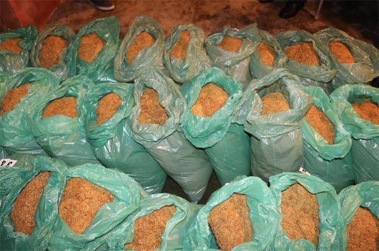 Ilegalno prodavao: U kući mu našli 400 kilograma duhana