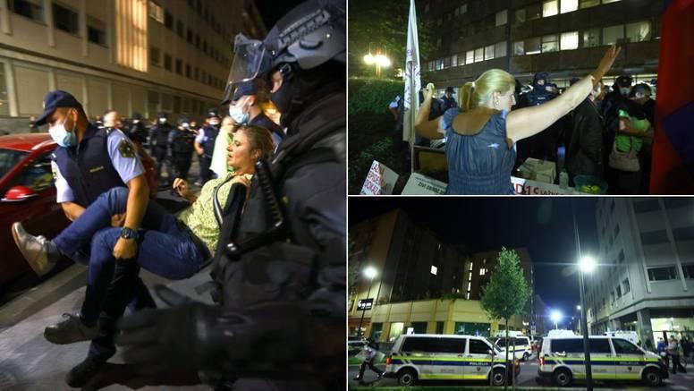 Novinari slovenske televizije u koju su provalili antivakseri: 'Teroriziraju nas svaki dan...'