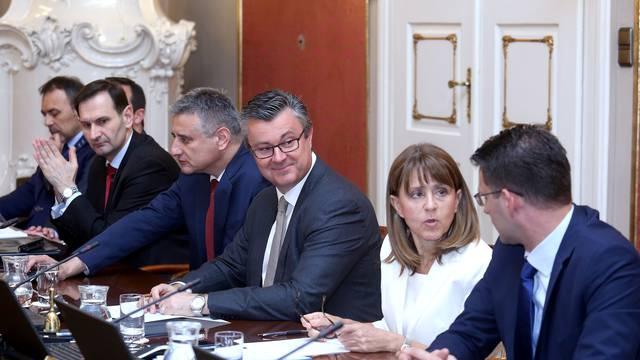 S&P: Politička nestabilnost prijeti oporavku Hrvatske