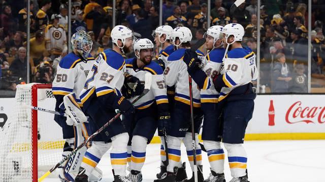 St. Louis tek je pobjedu daleko od prvog naslova prvaka NHL-a