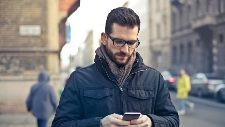 Tinder objavio: Broj poruka od veljače udvostručen, ali većina se družila samo virtualno