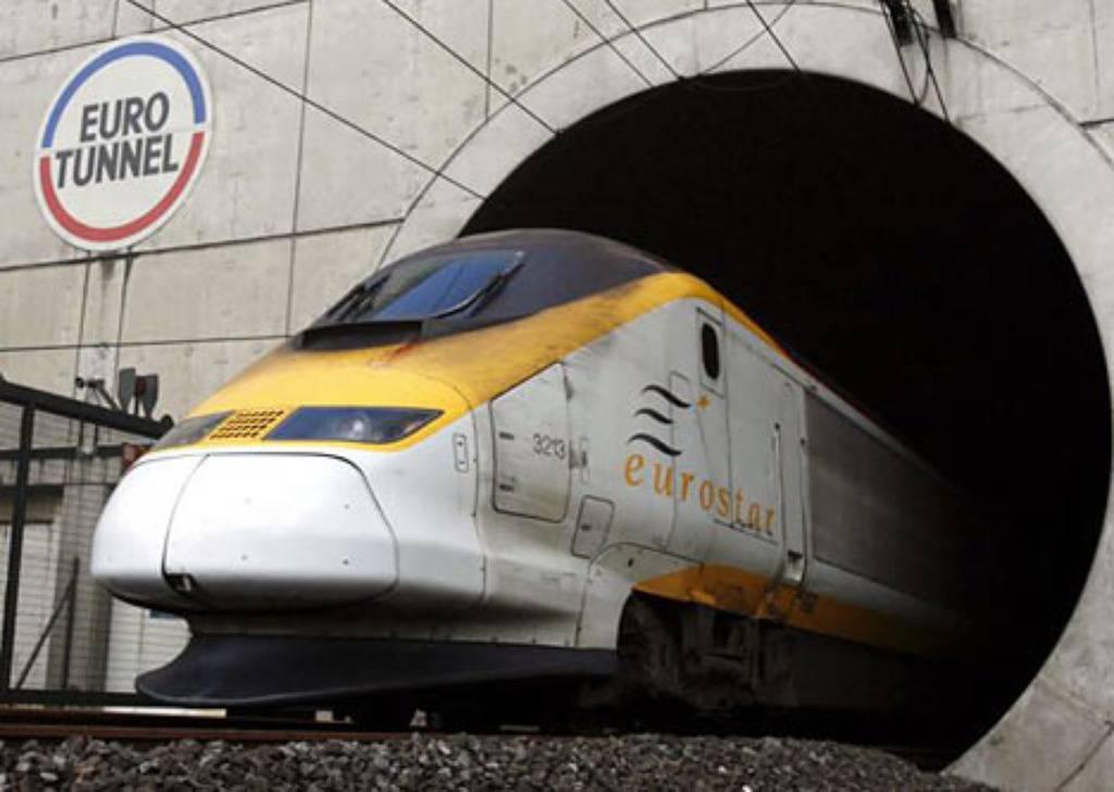 Zbog nesreće: Promet u tunelu ispod La Manchea paraliziran