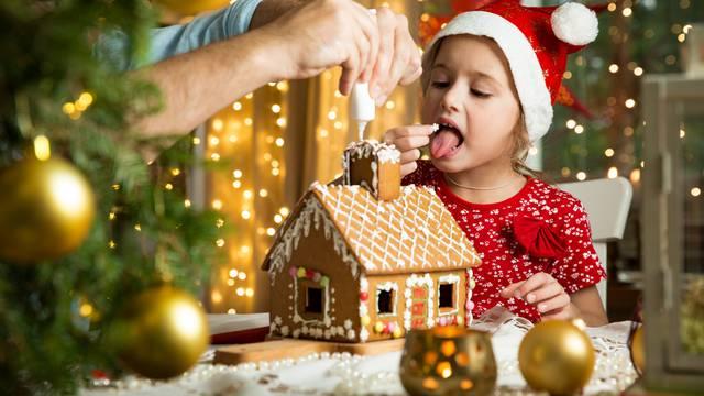 Božićna kućica od medenjaka: Evo kako je napraviti otpočetka