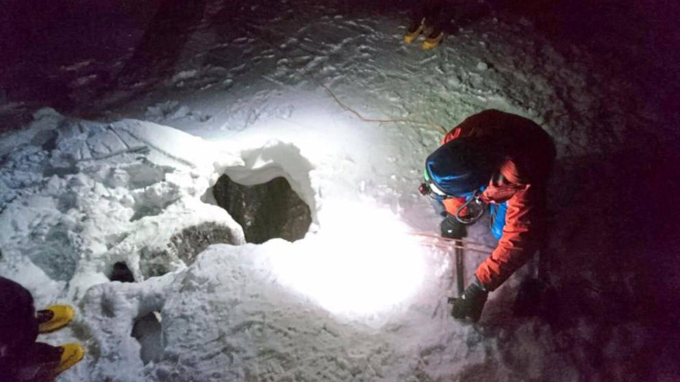 Pet dana preživio u ledu: Upao u rupu duboku čak 30 metara
