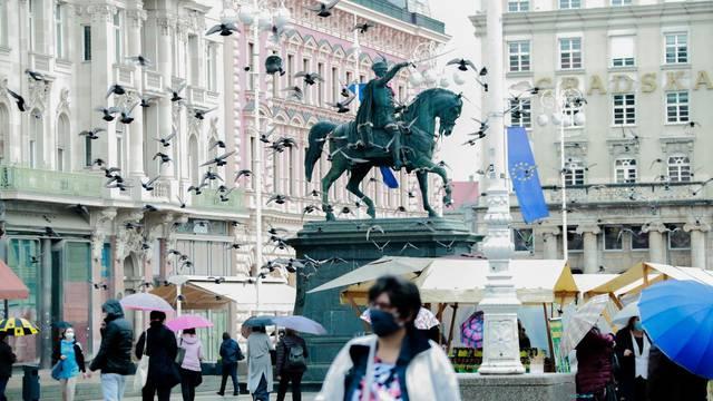 Zagreb: Stiglo je očekivano pogoršanje vremena s kišom i nižim temperaturama