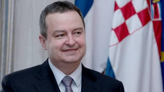 Dačić pita Plenkovića zašto misli da je Srbija bezobrazna