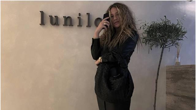 Izabel Kovačić pokazala zavidnu liniju dva tjedna nakon poroda