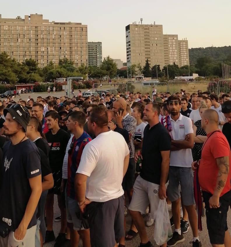 VIDEO Euforija kakve dugo nije bilo u Splitu: Zadnjeg navijača testirali 10 minuta prije kraja!
