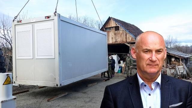 Trut: U kontejnere smo smjestili 350 ljudi. Hrana? Uvodimo red