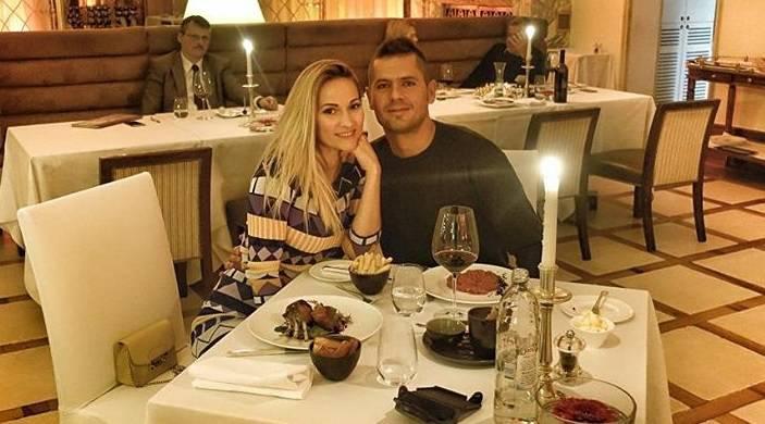 Romantična Pamela: Večera pa onda soba u luksuznom hotelu