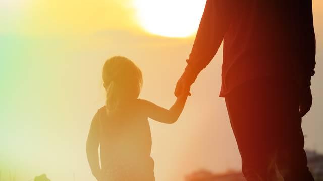 Djeca su vjerovala strancu koji je rekao: 'Odvest ću te k tati'