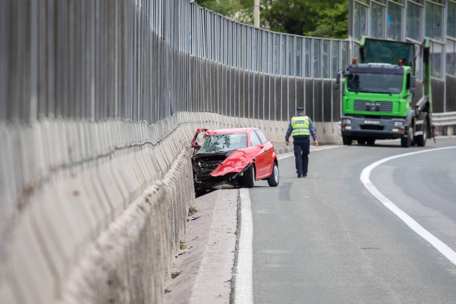 Jedna osoba smrtno stradala u prometnoj nesreći na autoceti Rijeka - Zagreb