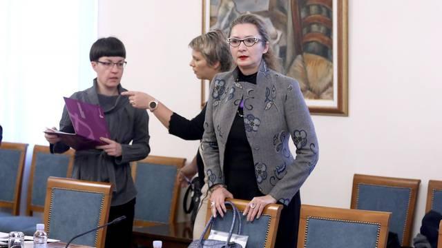 Zagreb: U Saboru održan okrugli stol o rodnoj ravnopravnosti u politici plaća