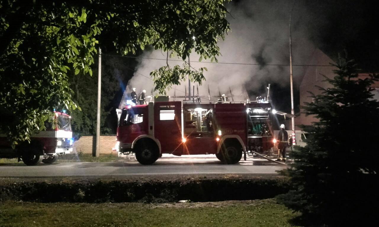 Muškarac poginuo u požaru koji je izazvala voštana svijeća