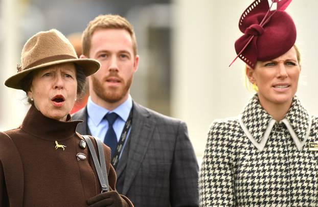 Kraljica Elizabeta čeka deveto praunuče: Zara Tindall je trudna