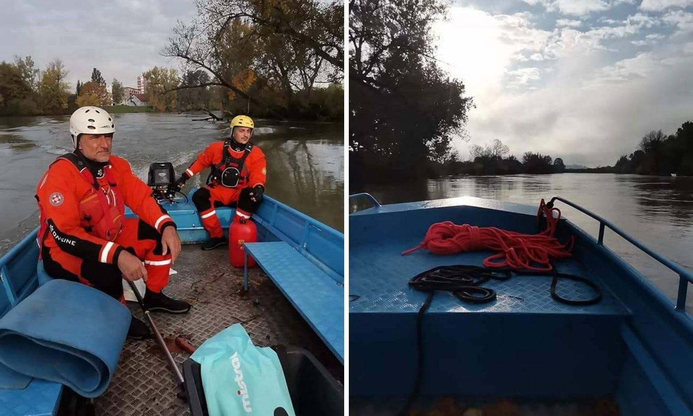 Nastavljaju potragu za dvojicom muškaraca iz prevrnutog čamca