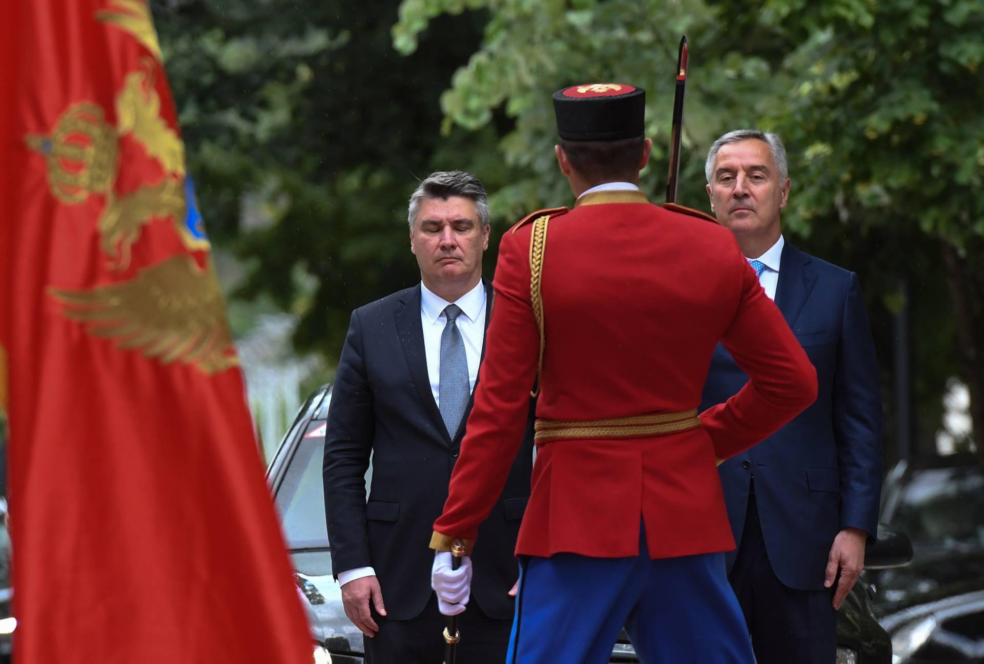 Republika Hrvatska bi trebala braniti Crnu Goru od Srbije. Ili?