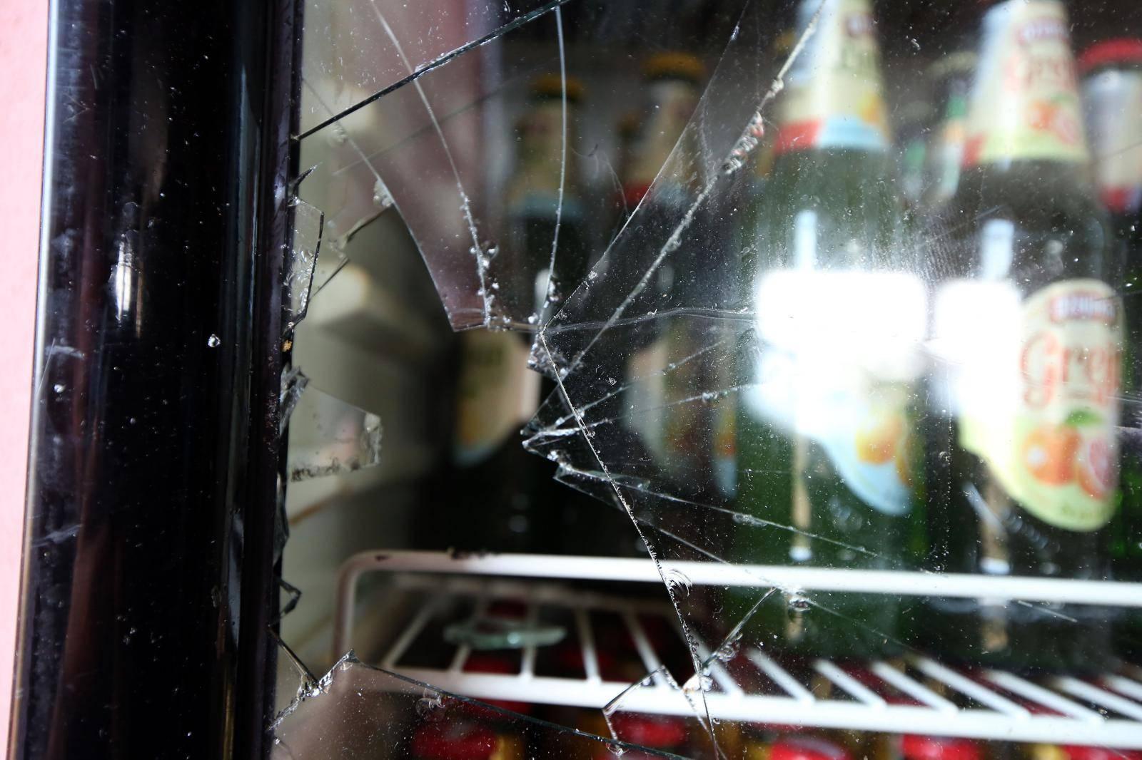 Uzdolje: U restoranu Petko napadnuti ljudi koji su gledali nogometnu utakmicu