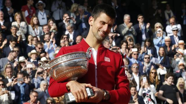Tennis - French Open Men's Singles Final match - Roland Garros - Novak Djokovic of Serbia v Andy Murray of Britain