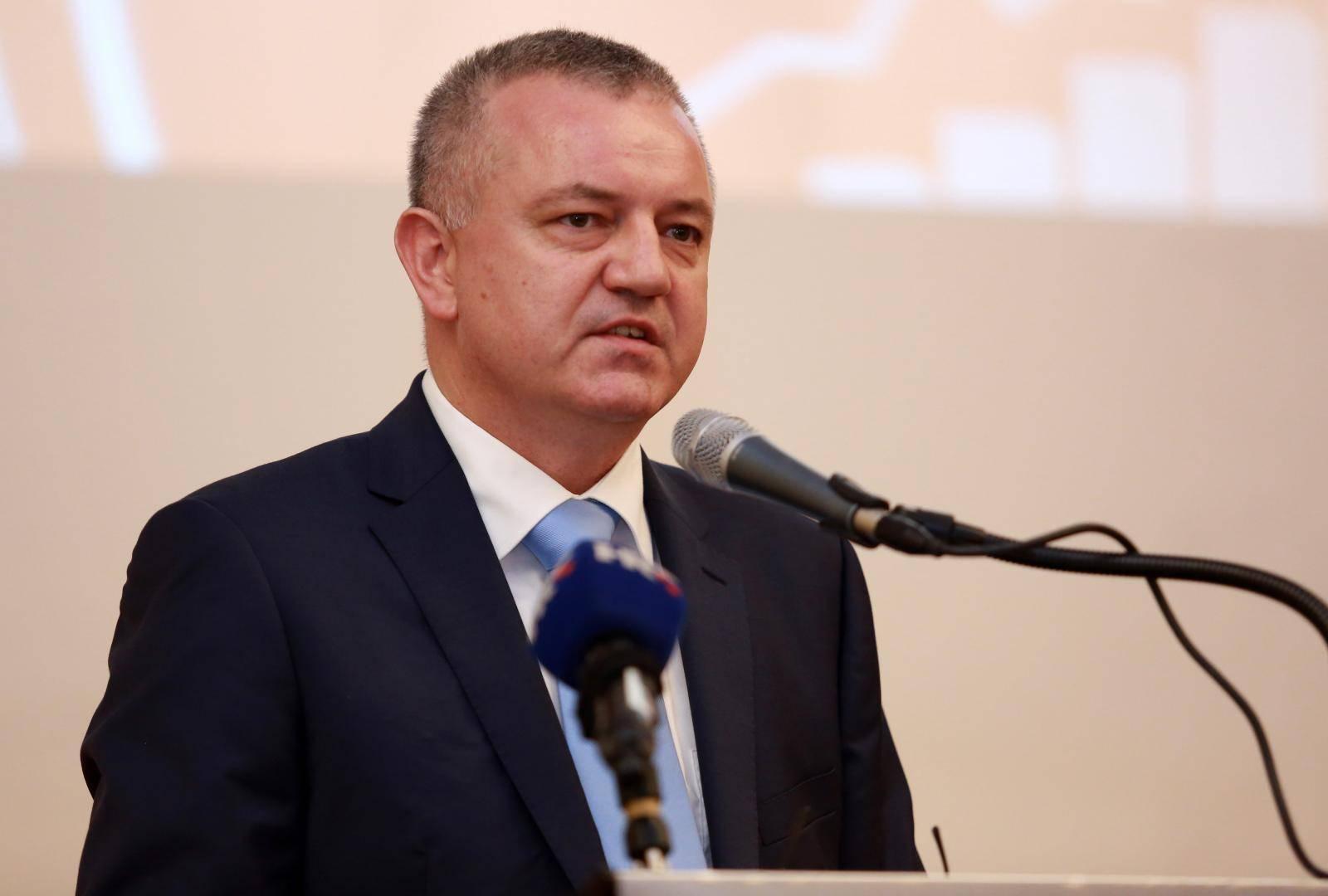"""Zagreb: U hotelu Westin održana konferencija """"InvestCro: Investicijske (ne)prilike u Hrvatskoj"""""""