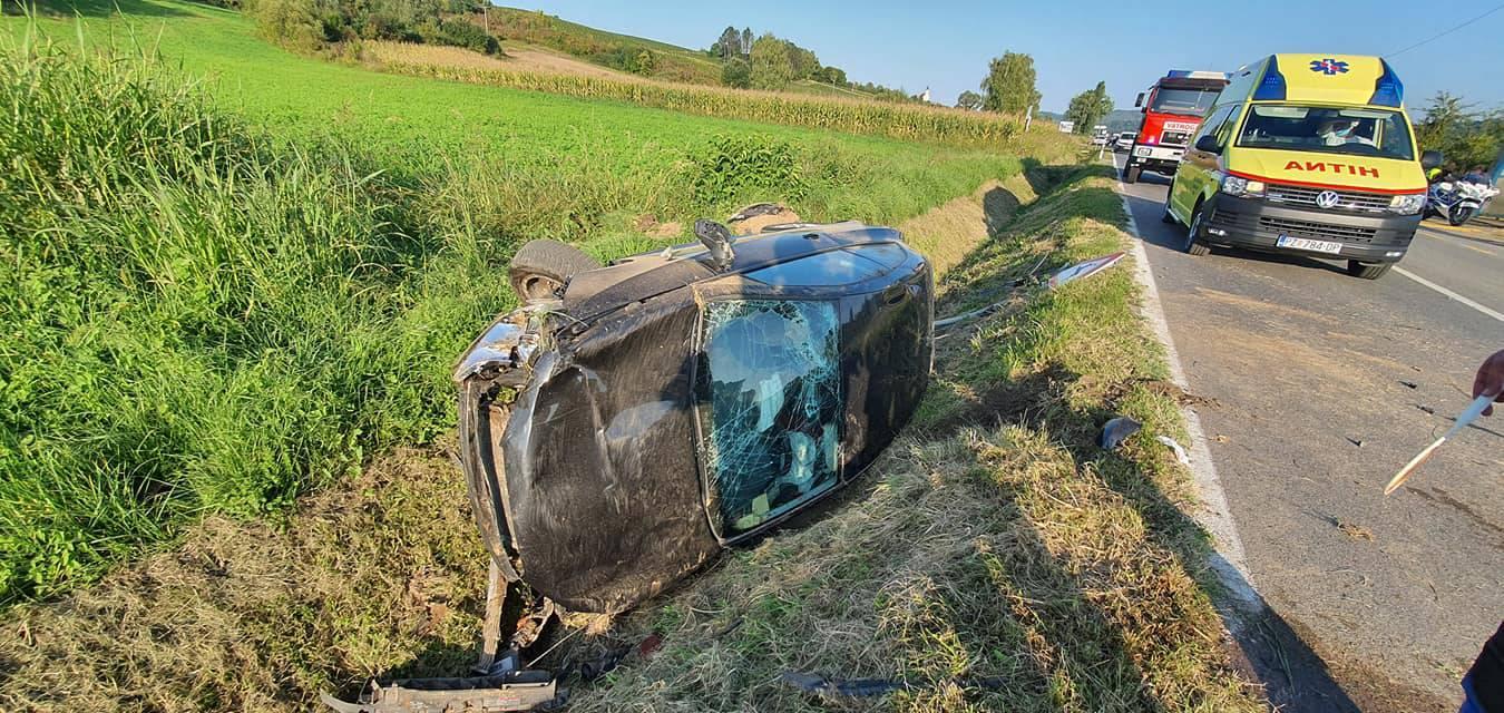 U sudaru dva automobila kod Požege ozlijeđene dvije žene