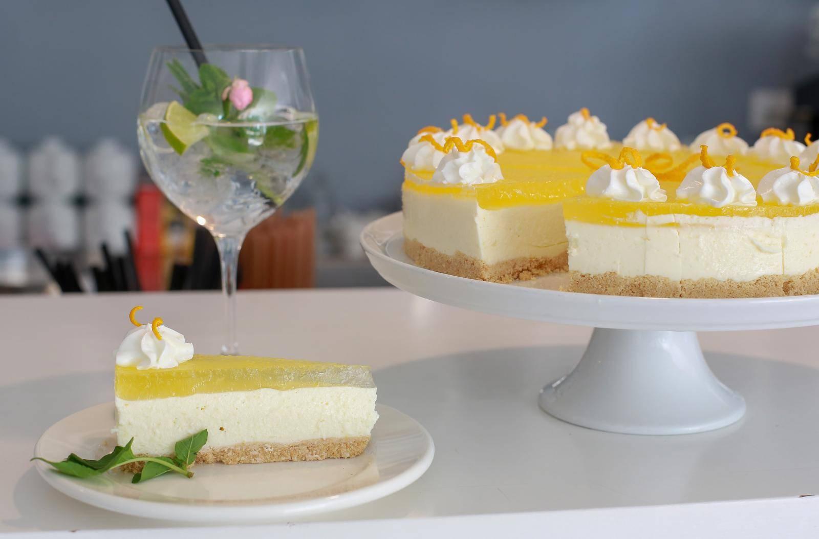 Hit za sve ljubitelje gin tonica: Osvježavajuća torta s koktelom