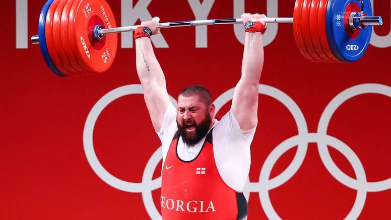 Čudesni Gruzijac u dizanju utega srušio čak tri svjetska rekorda!