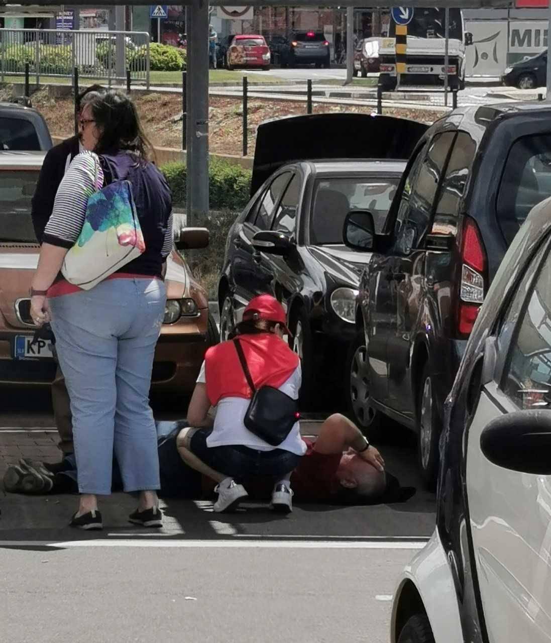 U Poreču: Potukli se ispred trgovine radi parkirnog mjesta