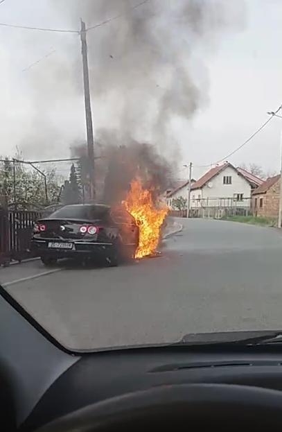 Volkswagen izgorio u Zagrebu: U požaru nije bilo ozlijeđenih