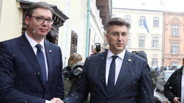 Vučić čestitao Plenkoviću na pobjedi: Uvjeren sam da imamo prostora za unapređenje odnosa