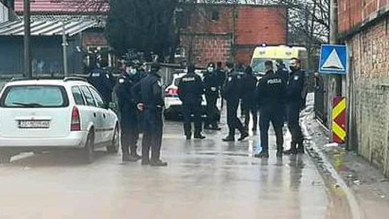 Mladić zbog kojeg su napali policajce u Kozari putevima se sad i sam predao policiji...
