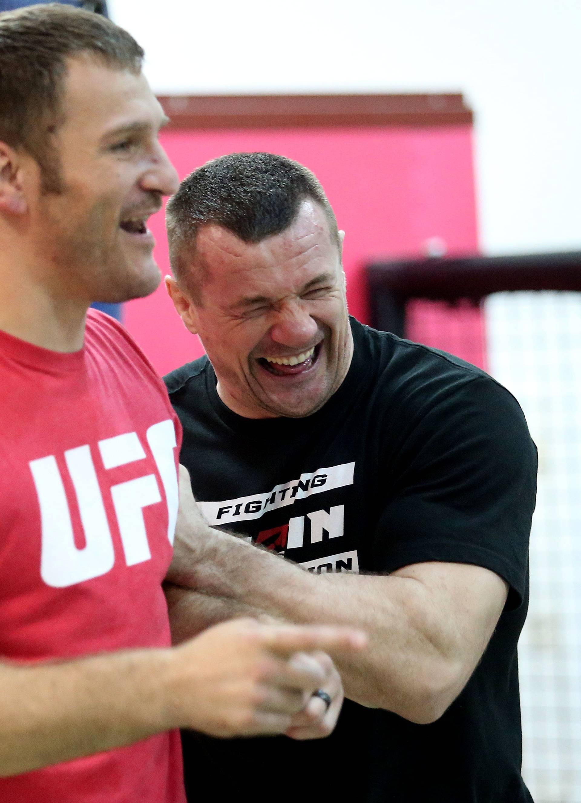 Zadnja riječ u '16: Stipe Miočić u utrci za najboljeg MMA borca