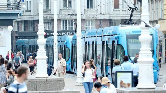 Zagreb: Zbog kvara tramvaja na Trgu bana Jelačića nastale gužve