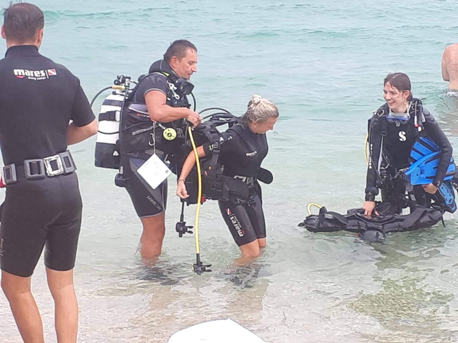 Prosidba na Viru: Sakrio prsten u školjku i kleknuo pod morem