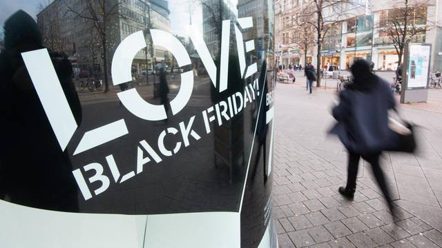 """Pre-Christmas business and """"Black Friday"""" in Hannover"""