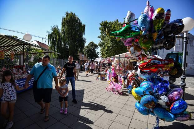 Blagdan u Stenjevcu: Građani na misnom slavlju i proštenju