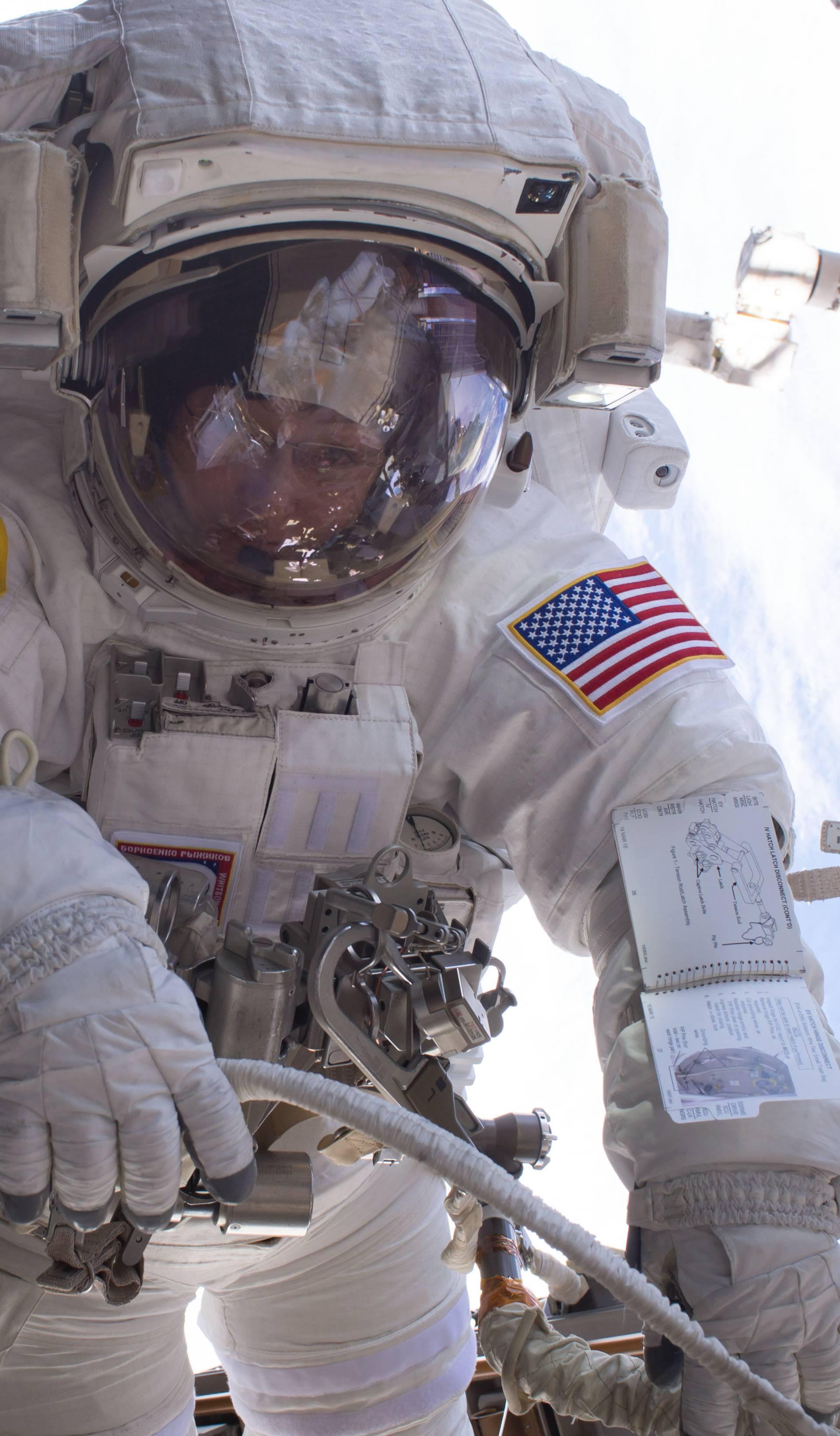 Zbog kvara računala astronauti izlaze u hitnu svemirsku šetnju