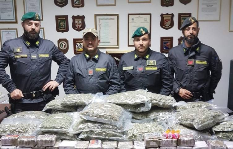 Hrvat 'pao' u Italiji: Natovario kamion bombonima i - drogom