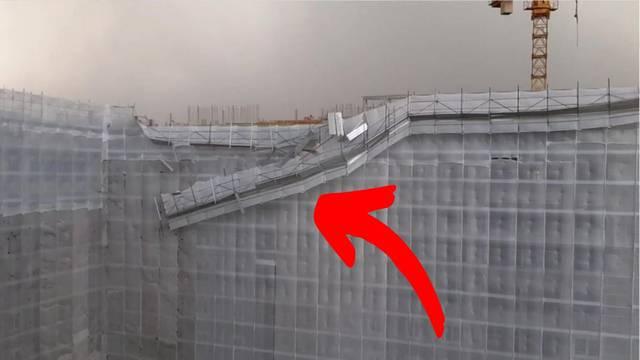 Pogledajte kako je jak vjetar odnio skelu na zgradi u Zagrebu