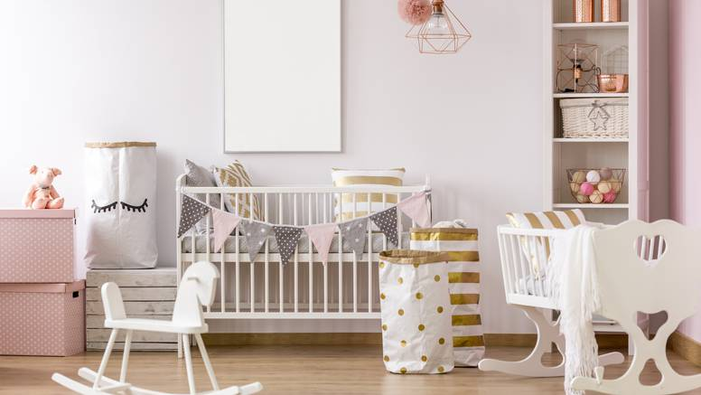 Dobili ste bebu i mislite da vam treba hrpa stvari? Ovih devet stvari nikako nemojte kupovati