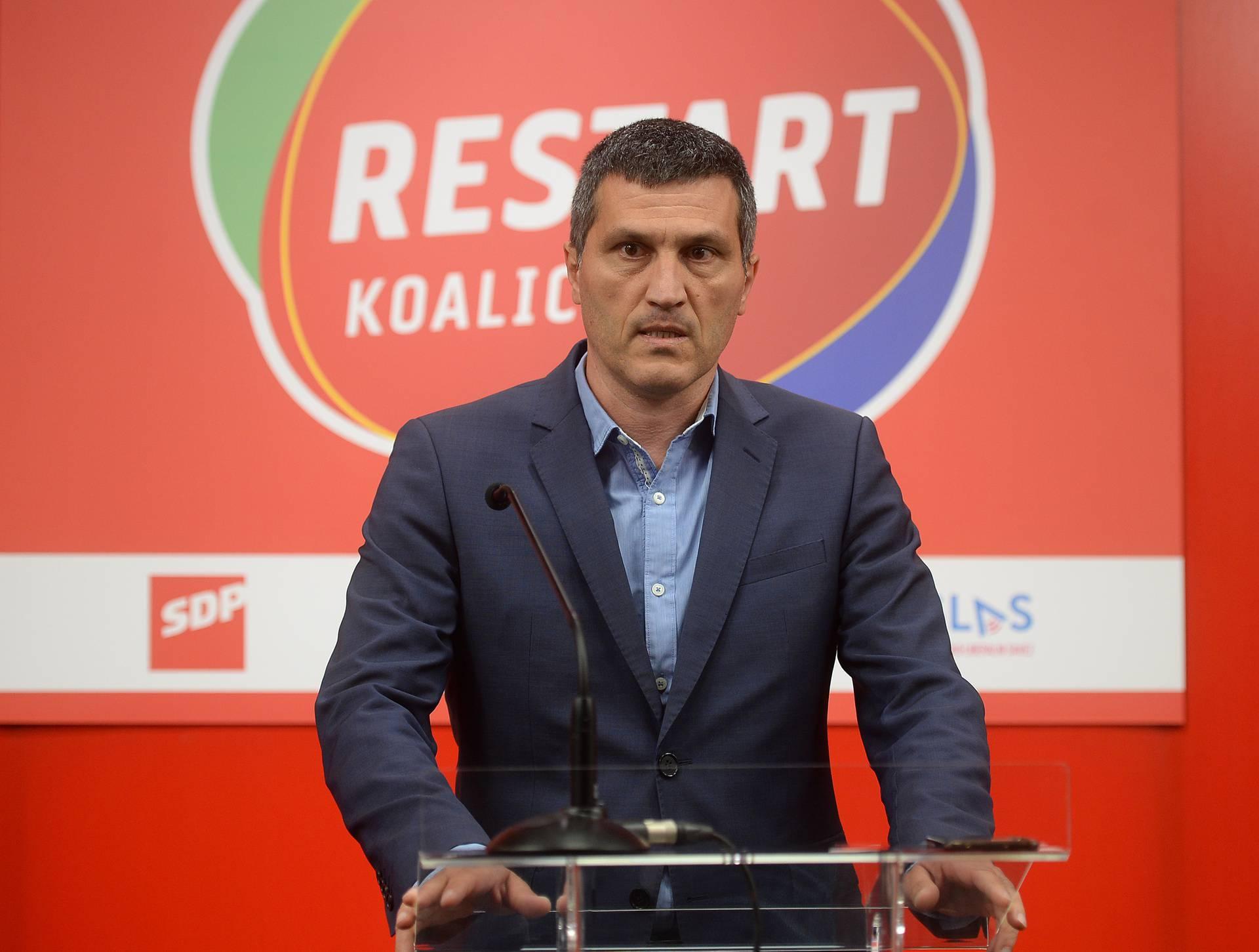 Zagreb: Izvanredna konferencija za medije glavnog tajnika SDP-a Nikše Vukasa