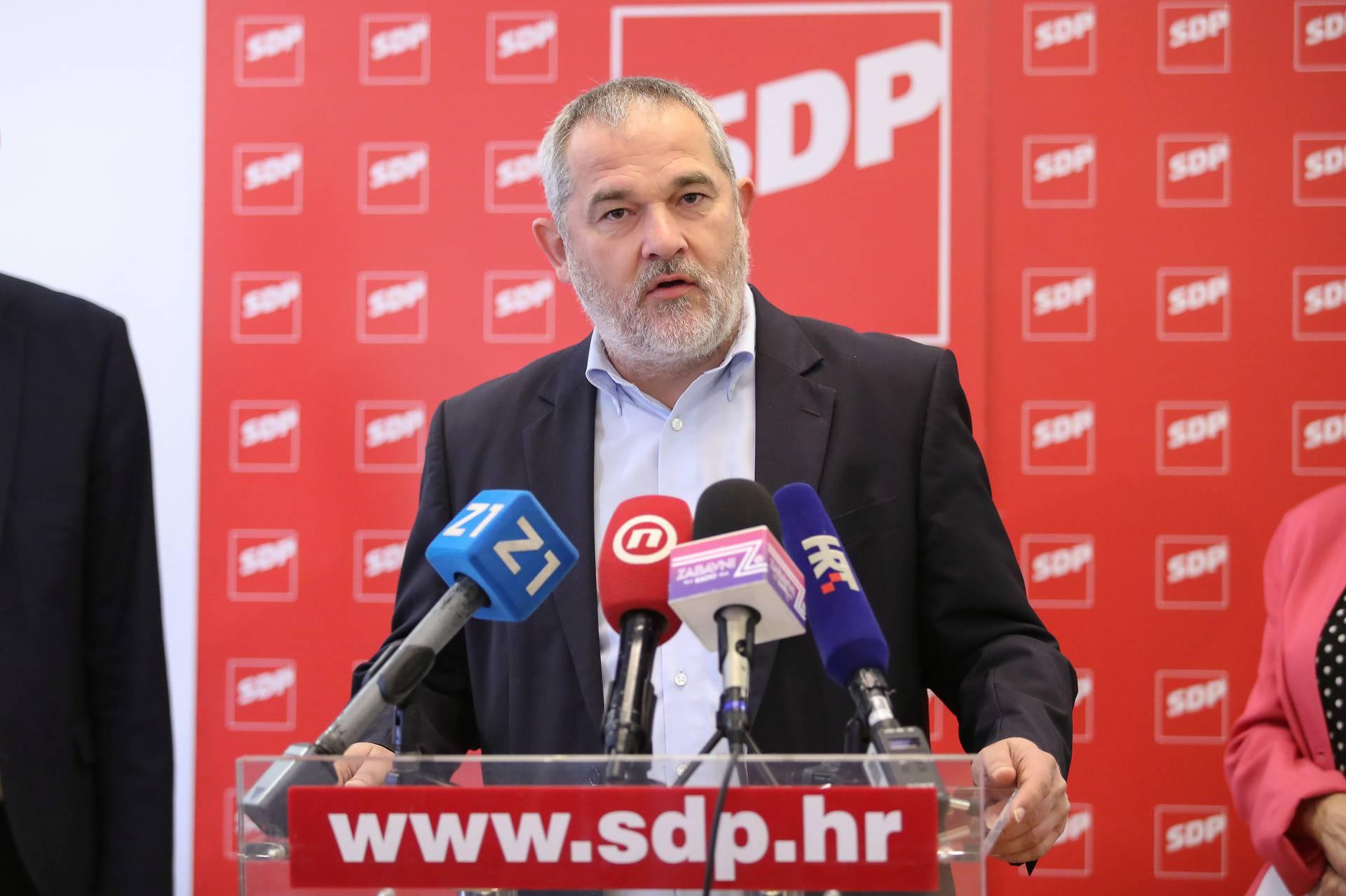 Ovaj SDP-ov mešetar na burzi je nezaposlen, ali je lani zaradio više od pola milijuna kuna!
