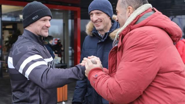 U organizaciji Dragana Primorca sportaši se okupili s potrepštinama za područja pogođena potresom