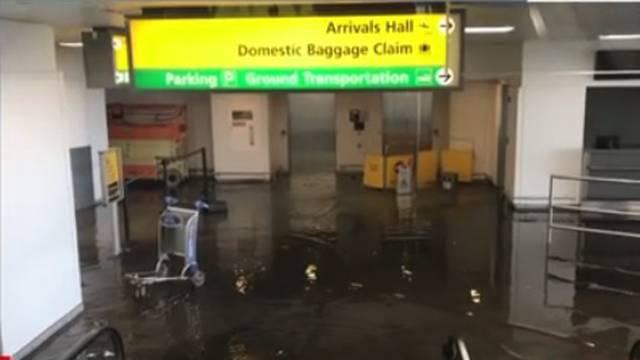 Poplavila je zračna luka JFK u New Yorku, obustavljeni letovi
