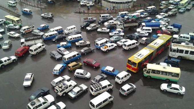 Ovako voze u Etiopiji: Njima ne trebaju žuti kvadrati i semafori