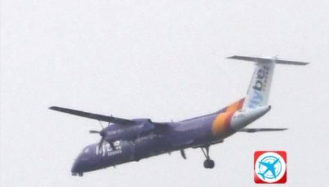 Avion prisilno sletio: Morao je kružiti 2 sata  da potroši gorivo