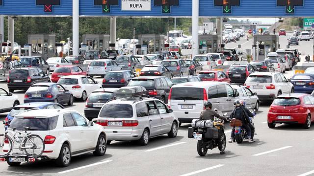 Prometni kaos: Vozit će samo taksiji, kako ćemo na posao?